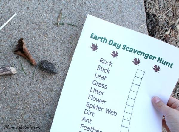 nature scavenger hunt for earth day
