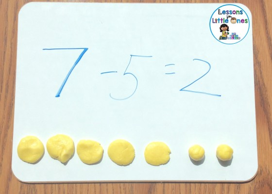 Easter Peeps Playdough Subtraction Smash