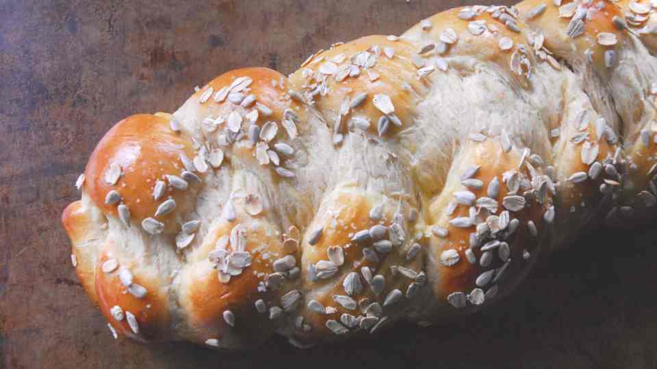 how to celebrate Rosh Hashanah