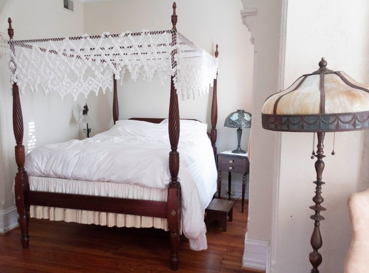 Victorian-Style Airbnb in Dupont Circle
