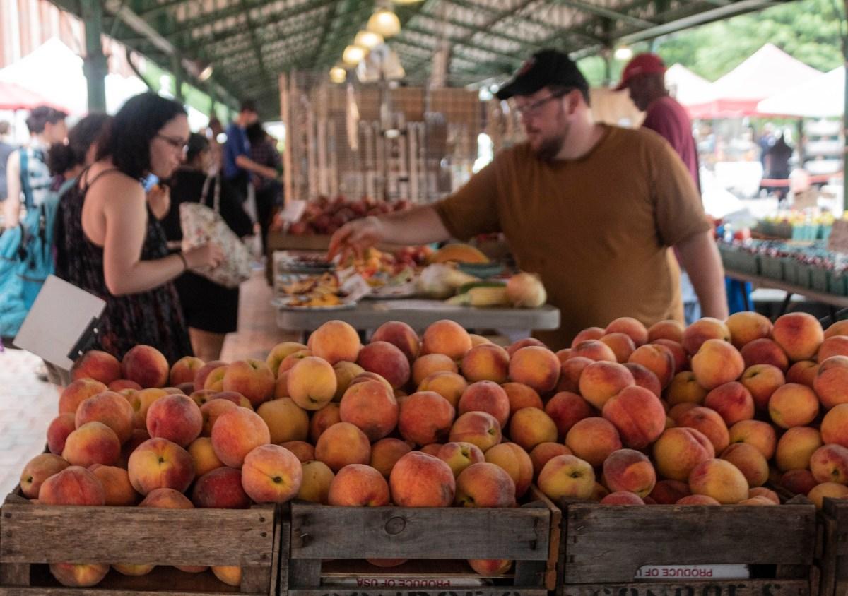 Fresh peaches in the market