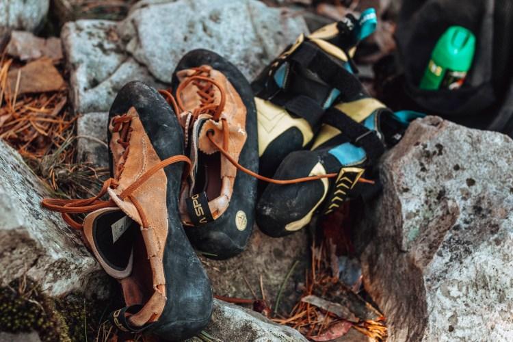 climbing tips for beginners- climbing shoes