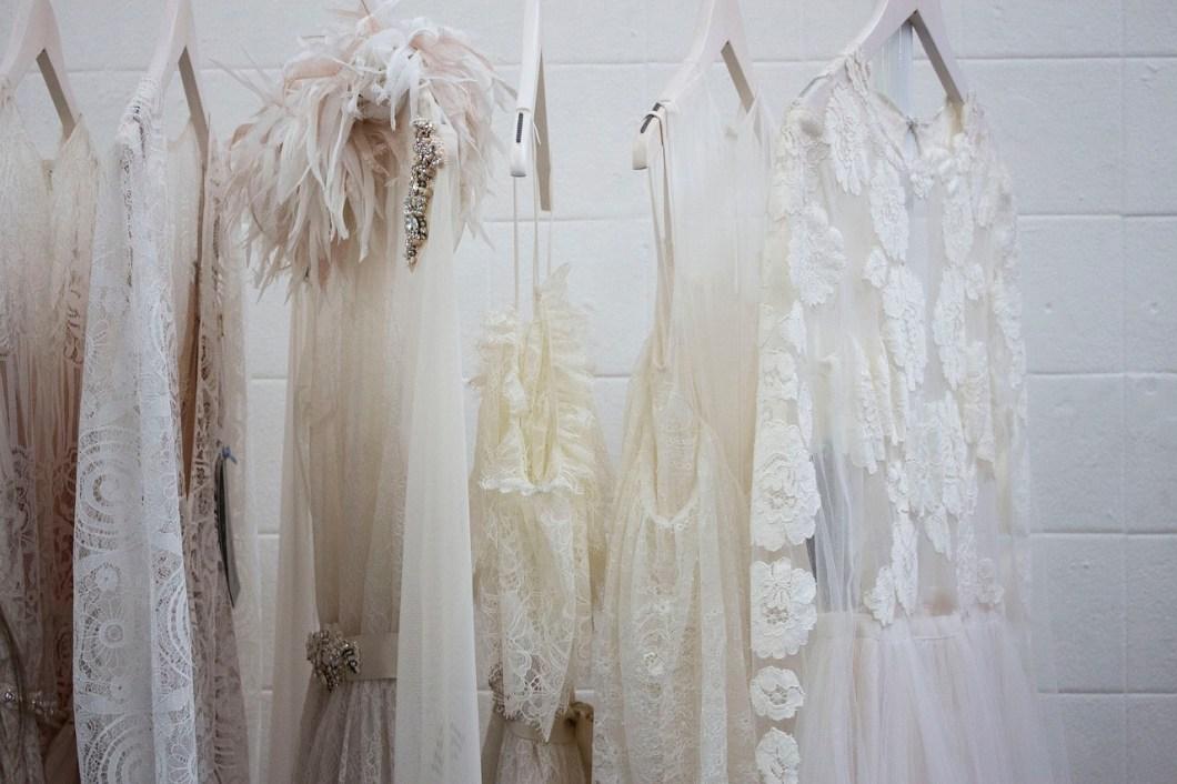 pressing nettoyage robe de mariée dentelle