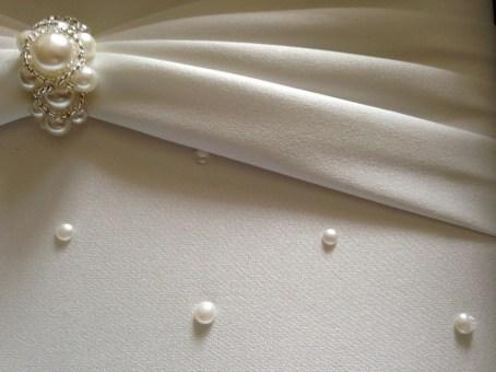 nettoyage satin perles mariage