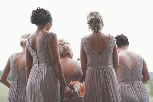 nettoyage robe de mariée demoiselles d'honneur