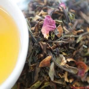 Thé blanc parfumé de la plantation Satemwa au Malawi