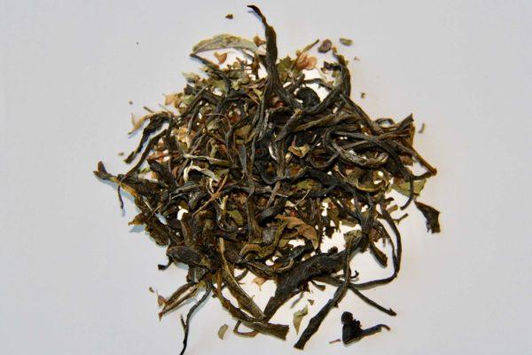 Thé vert indien parfumé aux feuilles de tulsi