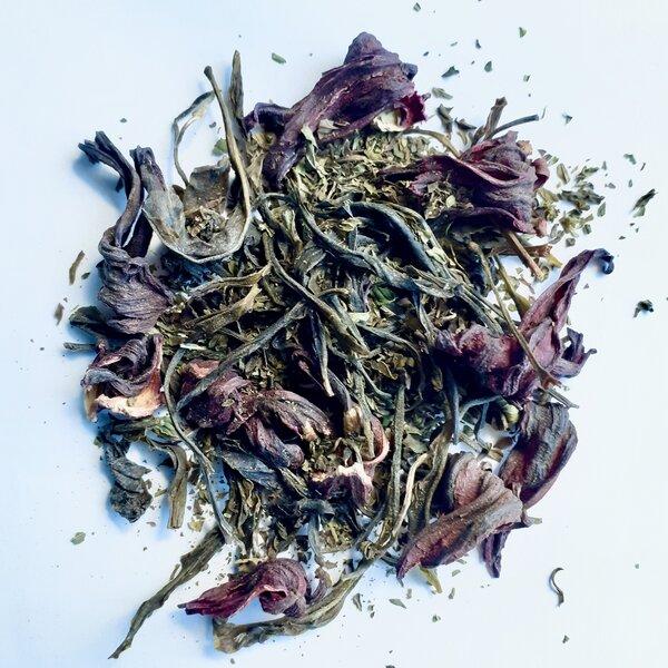 Thé vert indien fleuri et rafraîchissant