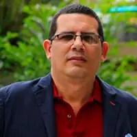 Miguel Flores
