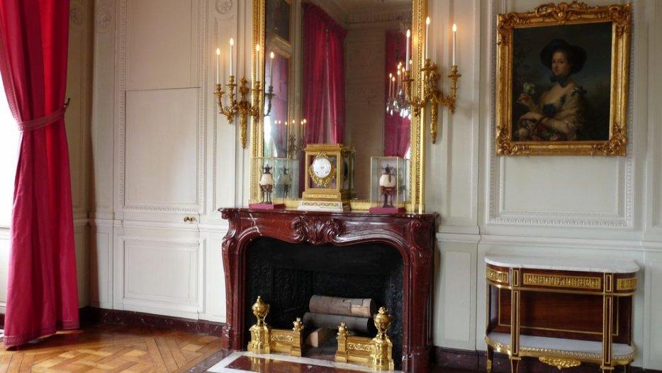 le petit trianon la petite salle a