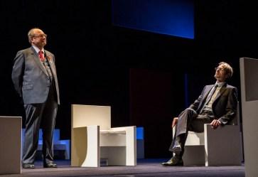 Jérôme Deschamps (Patrice de Maistre) et Clément Morinière (Éric Woerth) © Michel Cavalca