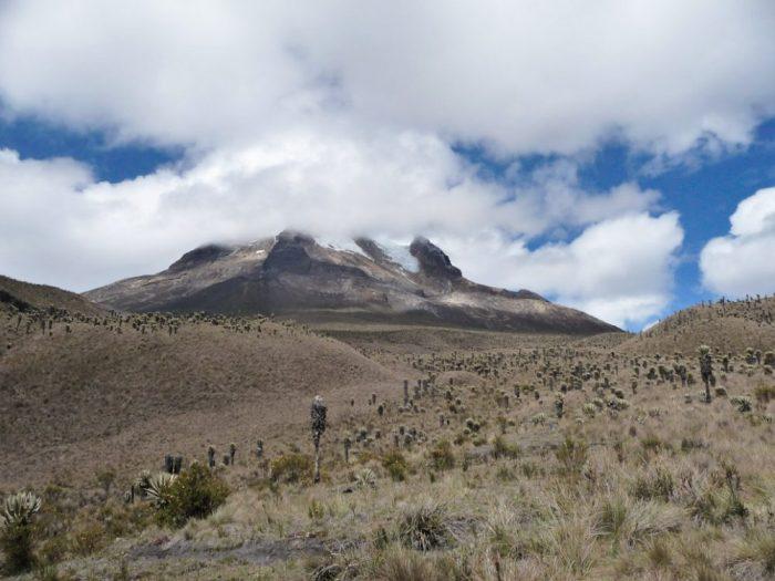 volcan tolima parc los nevados en colombie