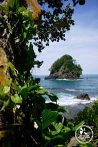 île rocher à Capurgana en Colombie