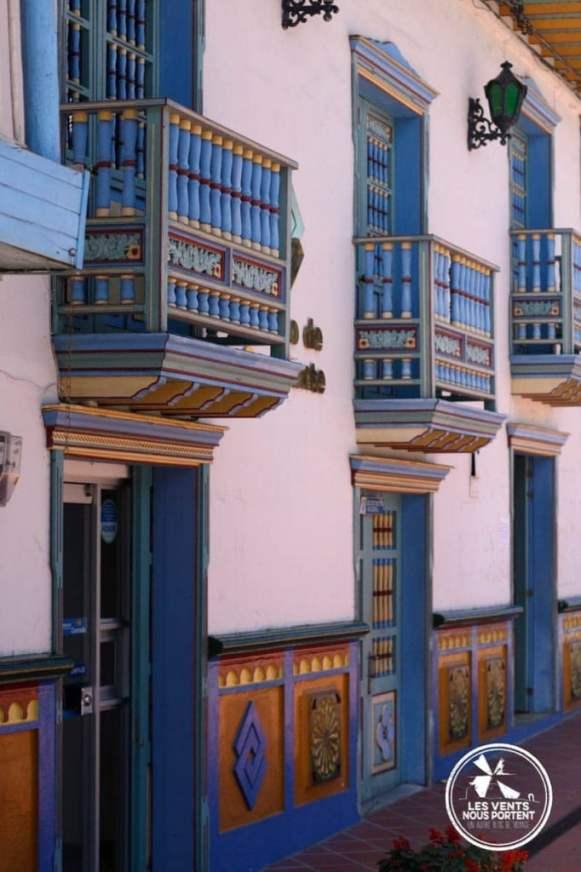 Peintures Maison Guatape Colombie