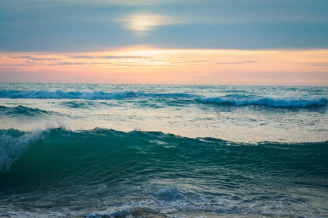 vague au porge océan plus belle plage de la côte atlantique en france