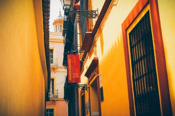rue jaune quartier juif seville, voyage en espagne