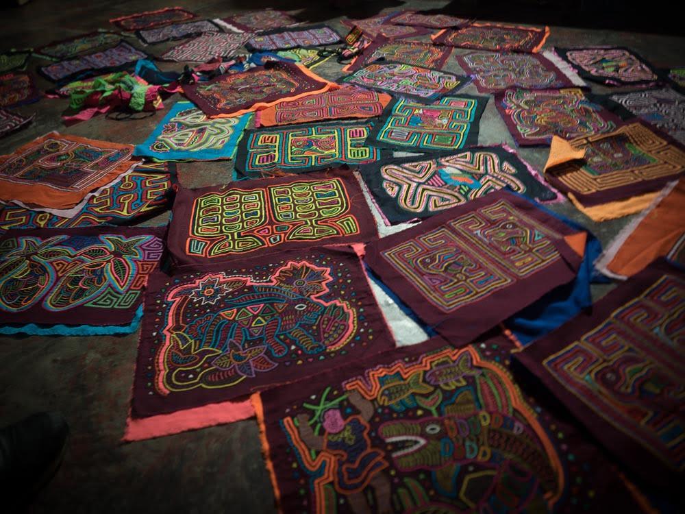 colas artisanat des indiens guna dual en colombie