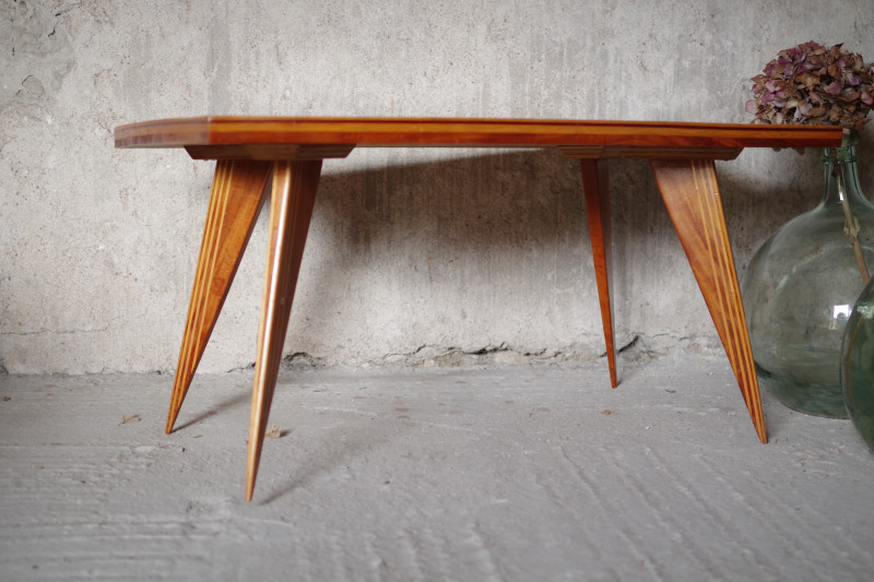 table basse bois pieds compas