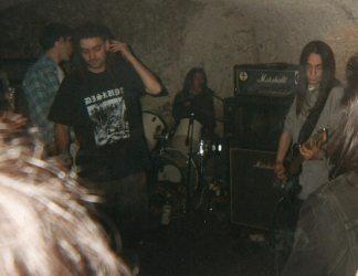 1994_04_Z1_CrossOnYourPast_03