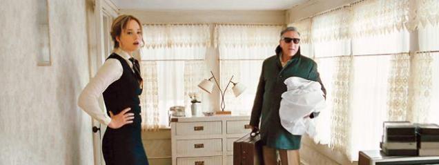 Joy avec son père en tenue de travail (parce qu'il faut bien subvenir à ses besoins)
