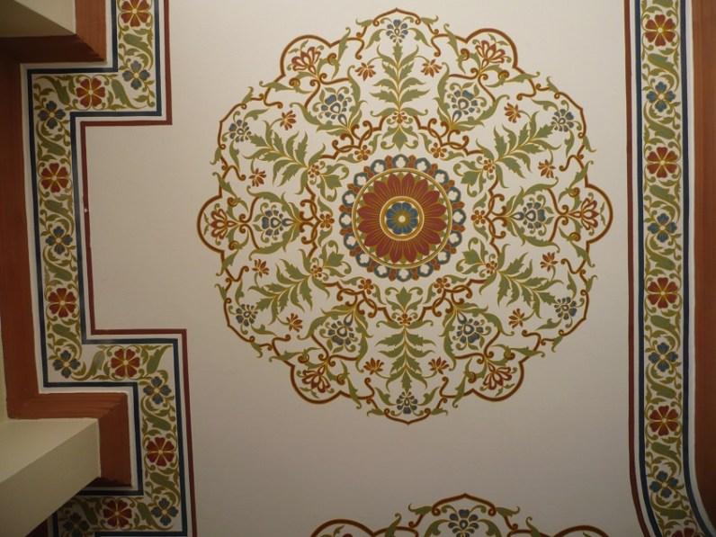 Les décors des plafonds à mon hôtel