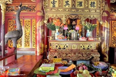 offrandes dans le temple Thuong