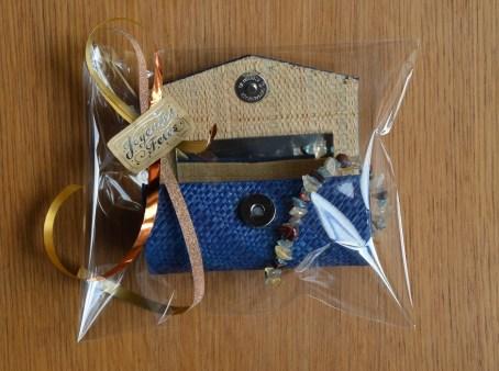 coffet maquillage bleu - bracelets (1)
