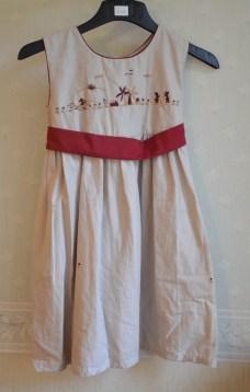 robe-brodee-8-ans-madagascar (9)
