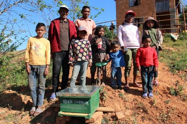Parrainage de ruches avec l'association française Femmes En Action et l'association malgache ODADI