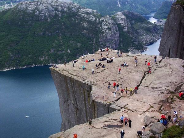 Preikestolen-Pulpit Rock (Norvège)
