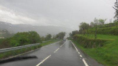 On dirait qu' il pleut entre Sanxenxo et Soajo !