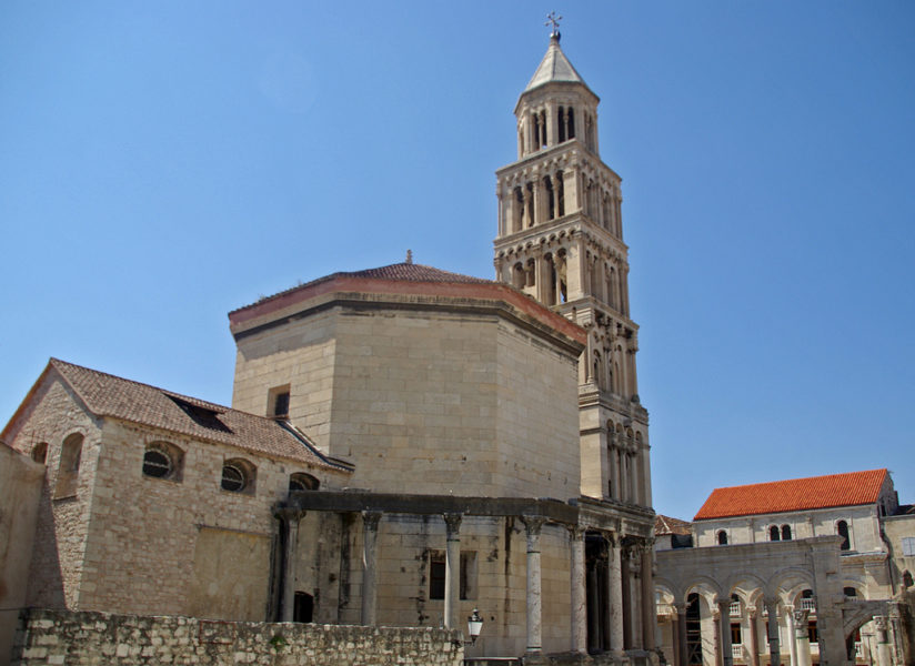 Le Mausolée de Dioclétien et la cathédrale St Domnius - Split