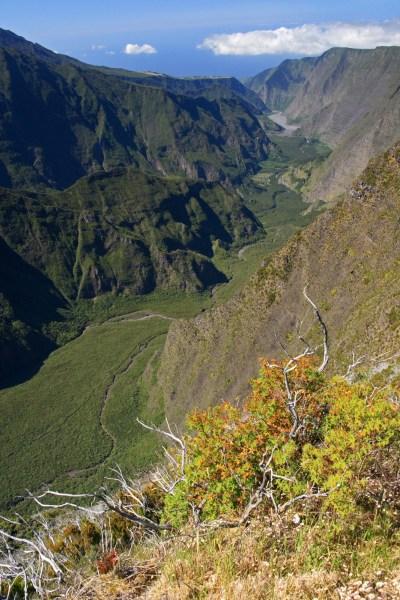 la vallée de la rivière des Remparts depuis le Belvédère du Nez de Boeuf
