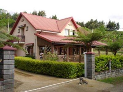 Le gite Les Géraniums - Bois de Nèfles (Réunion)