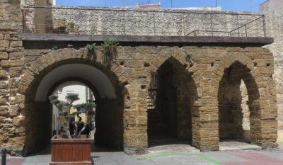 Arco de los Blancos - Cadix
