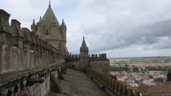 La cathédrale d'Evora