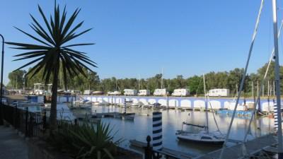 Le petit port de Gelves - Aire de camping-car