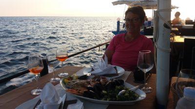 Au restaurant en bord de mer d'Umag