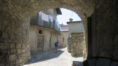 Les ruelles pavées de Monte Isola