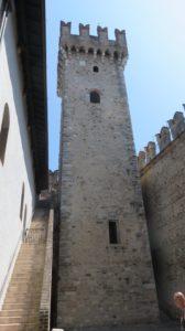 Le donjon du château des Scaligeri à Sirmione