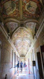 Plafonds richement peints du palais ducal de Mantoue