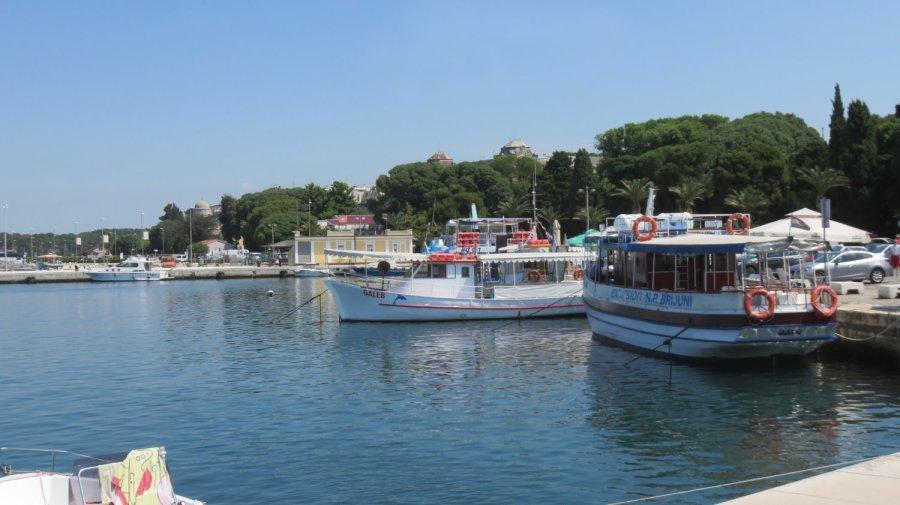 Le port de Pula