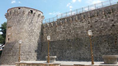 Le château et les fortifications de Krk (Croatie)