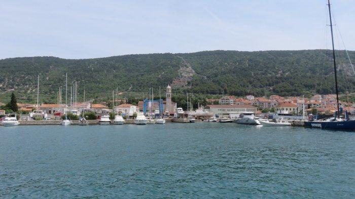 Le port de Cres (Croatie)