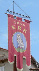 Le drapeau de la ville Krk (Croatie)