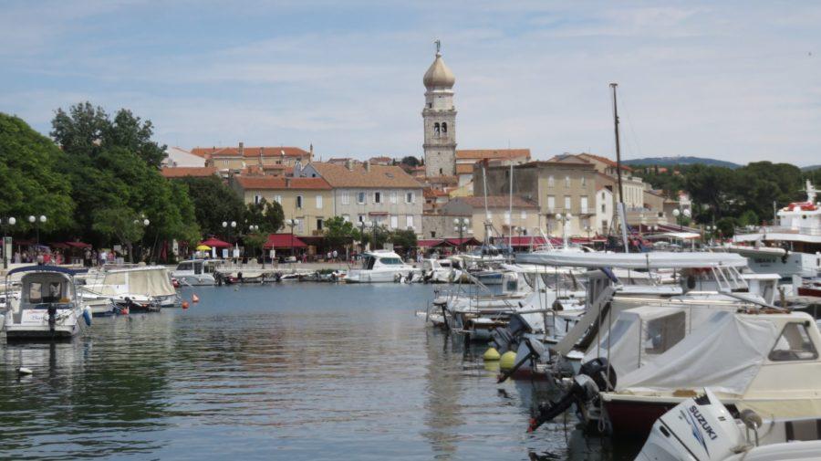 Le port  de plaisance de Krk (Croatie)