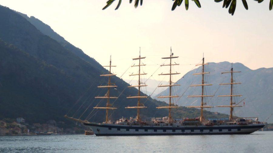 Le Royal Clipper ancré dans la baie de Kotor - Monténégro