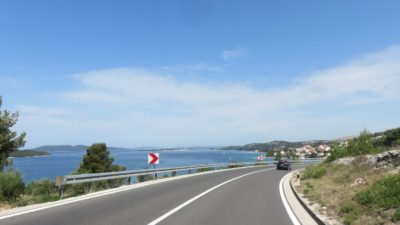 Sur la route vers Skradin depuis Segret Vranjica - Croatie