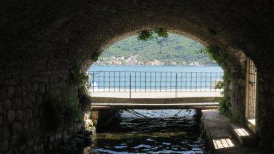 Vue sur la baie de Kotor depuis Perast - Monténégro