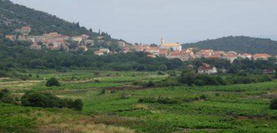 Village sur la presqu'île de Peljesac - Croatie